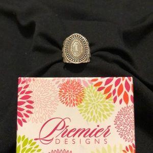 Premier Designs Chevie Ring